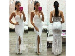 Biele čipkované šaty s hlbokým výstrihom