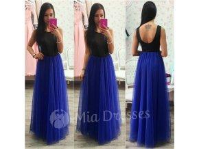 Modrá dlhá tylová sukňa